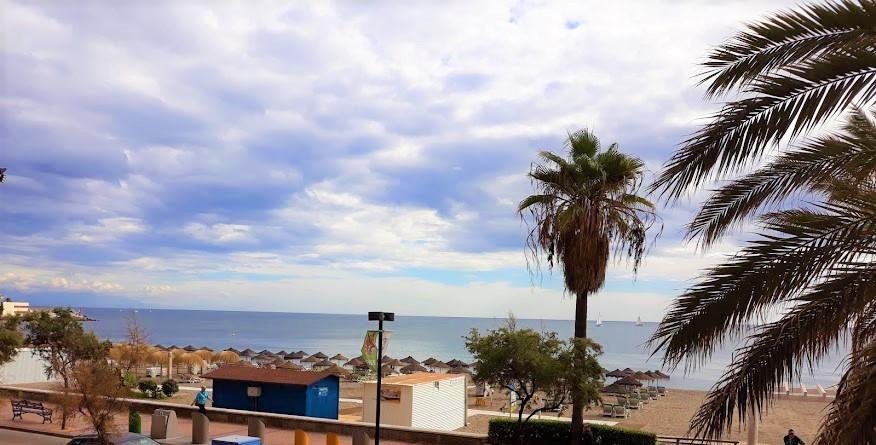 Lägenhet på mellanplan i Fuengirola R3291538