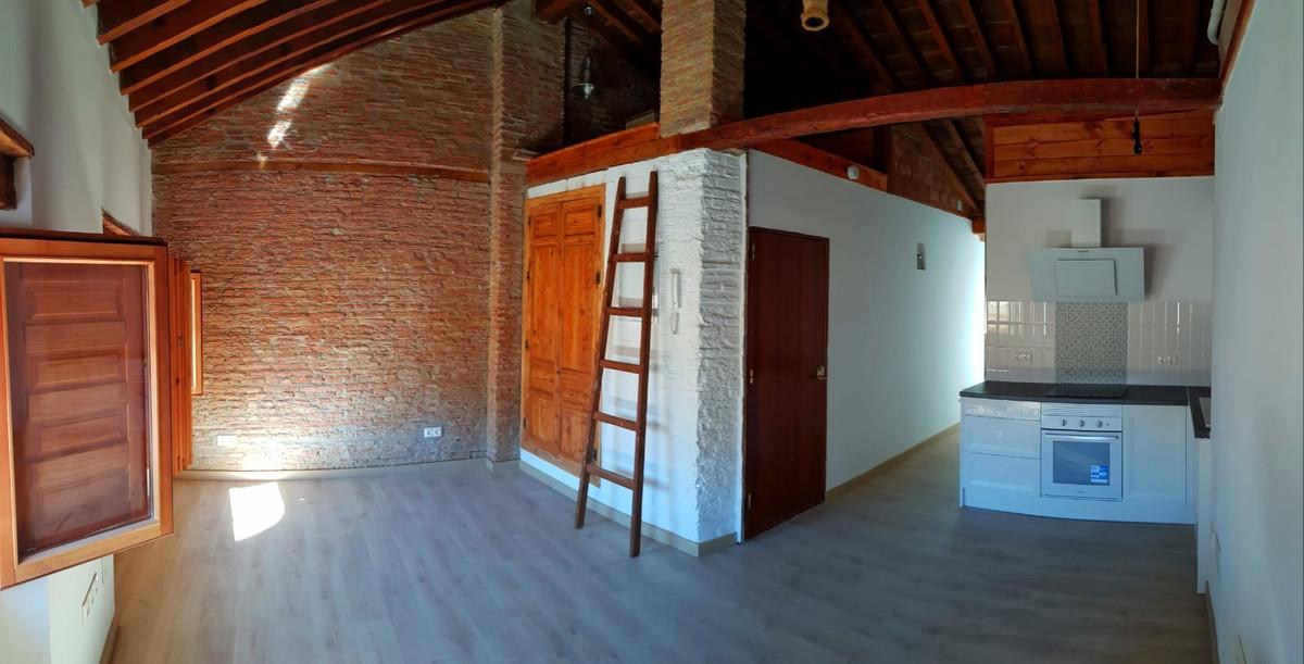 Penthouse, Malaga Centro, Costa del Sol. 3 Bedrooms, 1 Bathroom, Built 84 m². malaga historic center,Spain