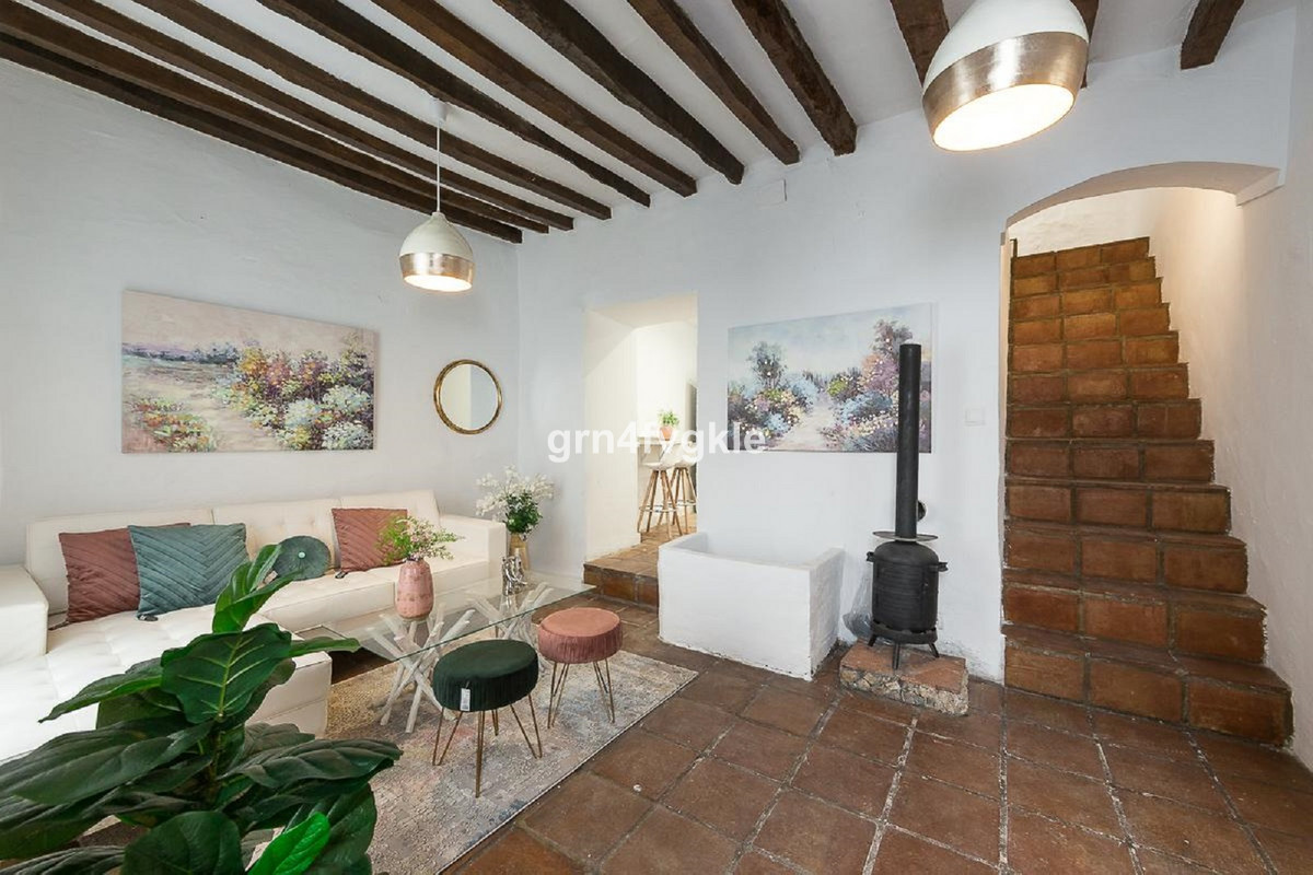 3 bedroom townhouse for sale casares pueblo