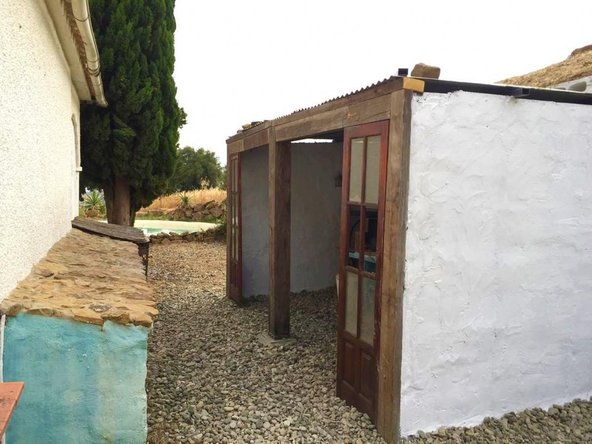 House en Almogía R3323659 9