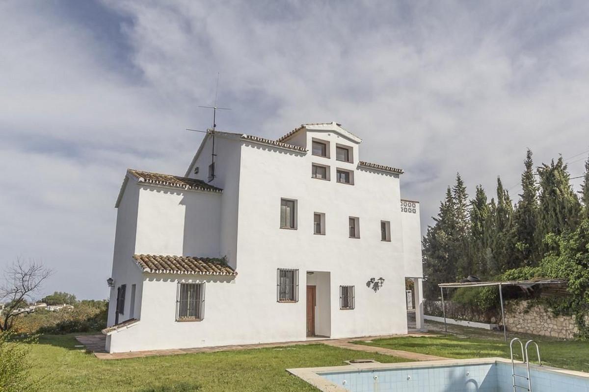 Detached Villa, Mijas, Costa del Sol. 6 Bedrooms, 4 Bathrooms, Built 350 m², Garden/Plot 4500 m². vi,Spain