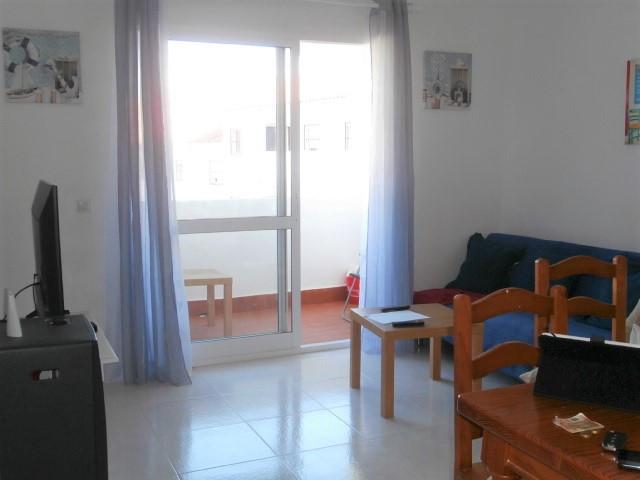 1 Bedroom Middle Floor Apartment For Sale Cerros del Aguila