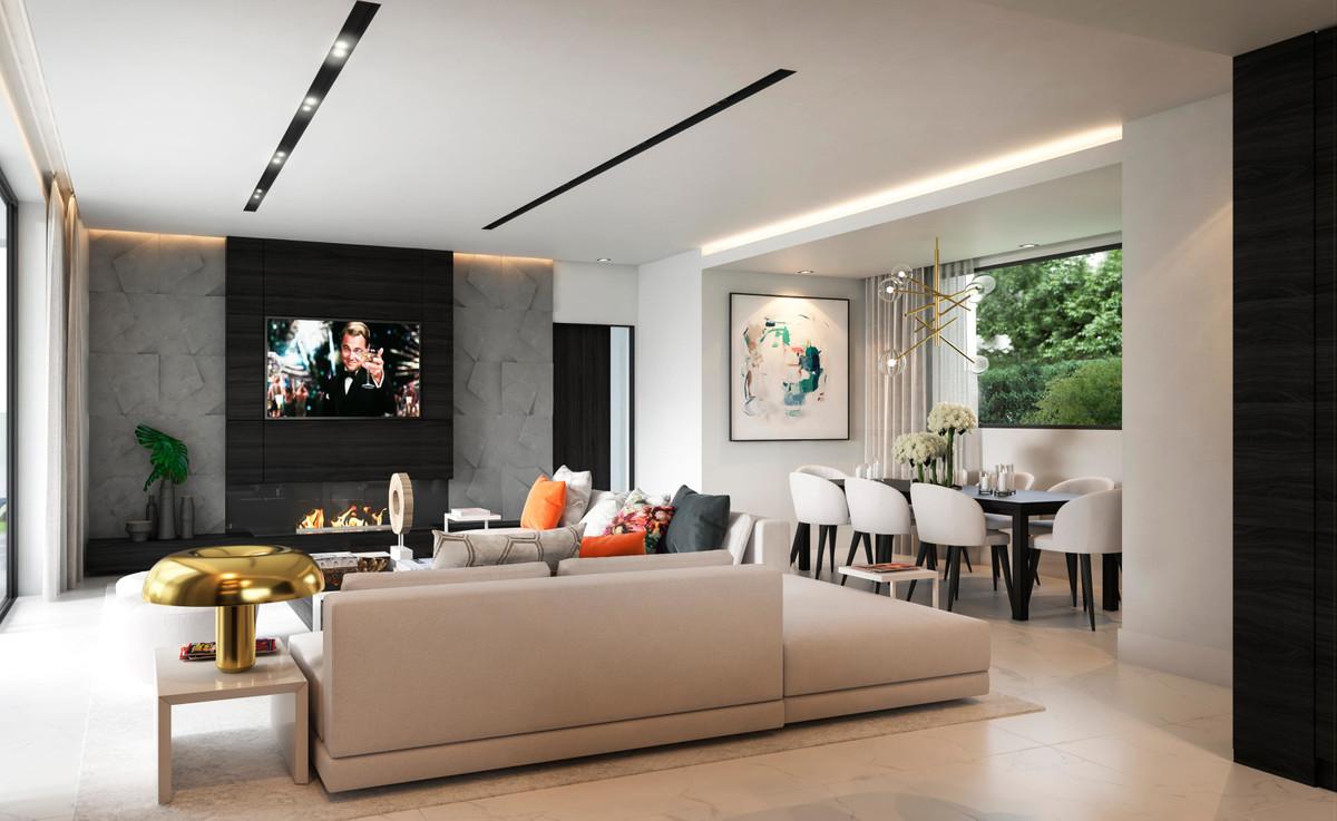 Detached Villa for sale in La Quinta R3659207