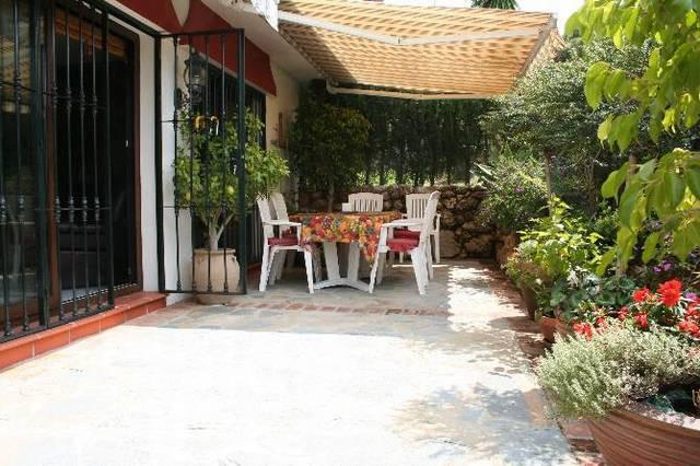 Apartamento con 4 Dormitorios en Venta Las Chapas
