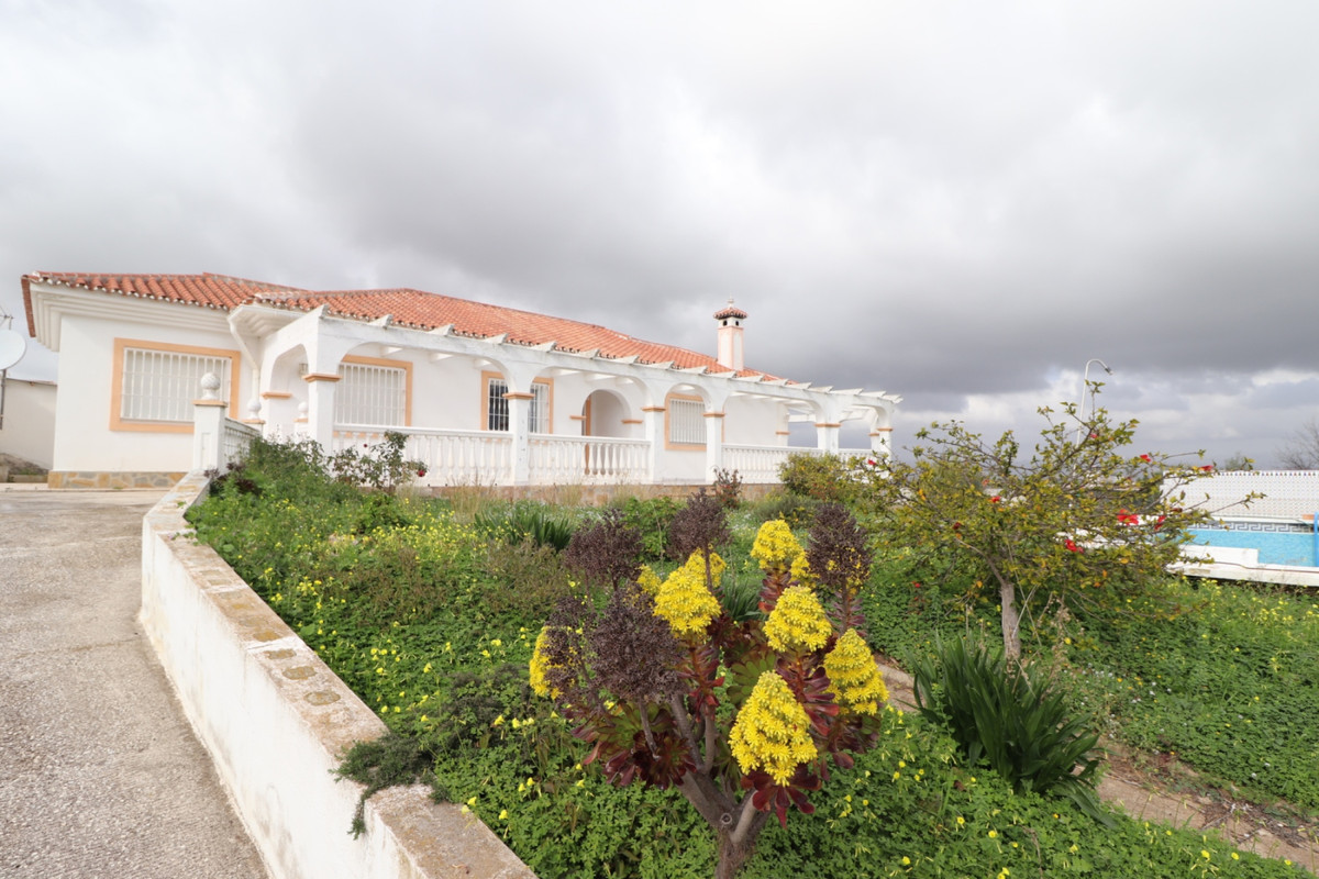 Hus in Alhaurín de la Torre R3616367 1
