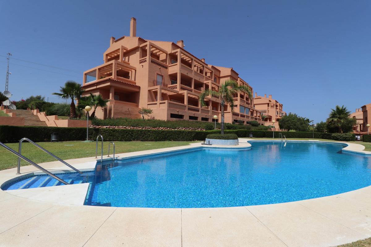 , El Faro, Costa del Sol. 2 Bedrooms, 2 Bathrooms, Built 125 m², Terrace 30 m².  Setting : Country, ,Spain