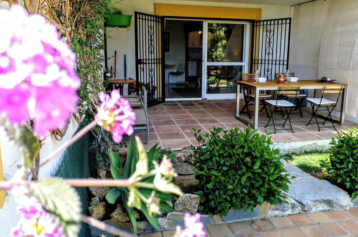Ground Floor Apartment, Calanova Golf, Costa del Sol. 2 Bedrooms, 1 Bathroom, Built 0 m².  Setting :,Spain