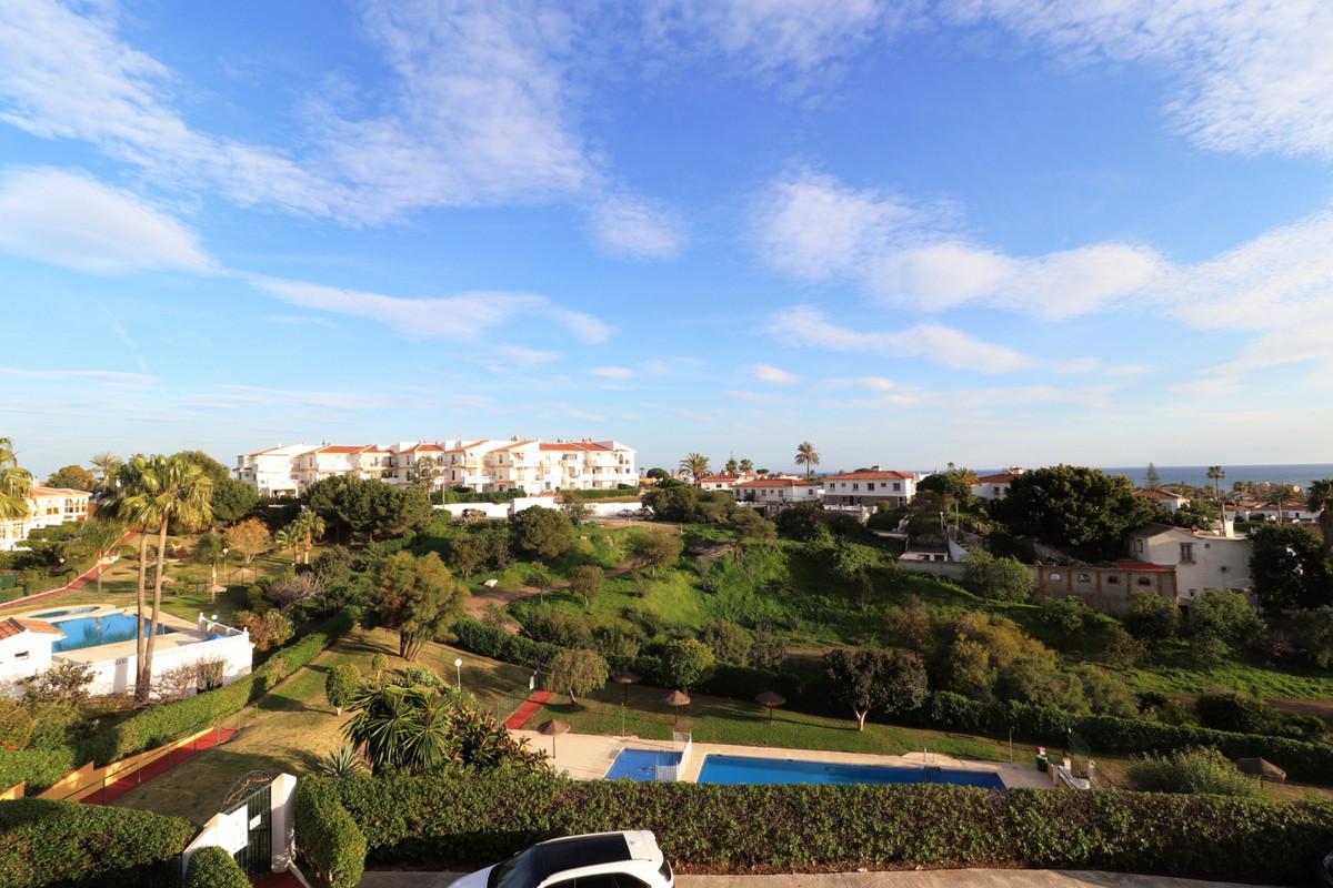 Middle Floor Apartment, El Faro, Costa del Sol. 2 Bedrooms, 1 Bathroom, Built 57 m2, Terrace 12 m2. ,Spain