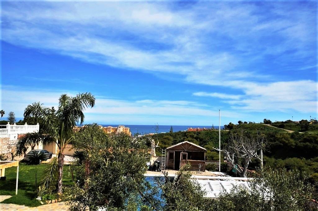 Detached Villa, Mijas Costa, Costa del Sol. 5 Bedrooms, 4 Bathrooms, Built 500 m², Terrace 200 m², G,Spain
