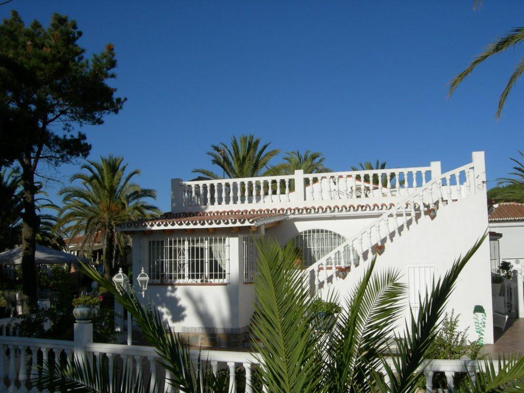 Detached Villa in El Faro