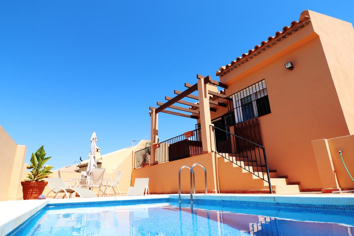 Townhouse, El Faro, Costa del Sol. 2 Bedrooms, 2 Bathrooms, Built 145 m², Terrace 10 m².  Setting : ,Spain