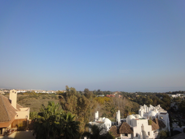 Middle Floor Apartment, The Golden Mile, Costa del Sol. 1 Bedroom, 1 Bathroom, Built 65 m², Terrace Spain