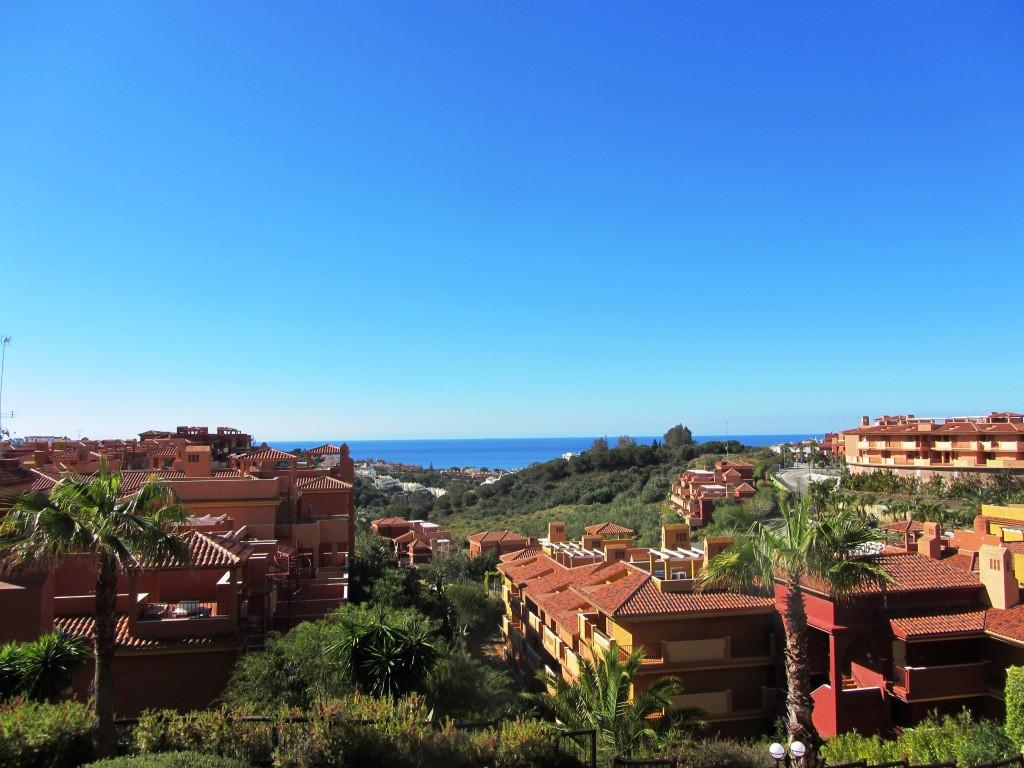 Apartment  Middle Floor for sale   in Reserva de Marbella