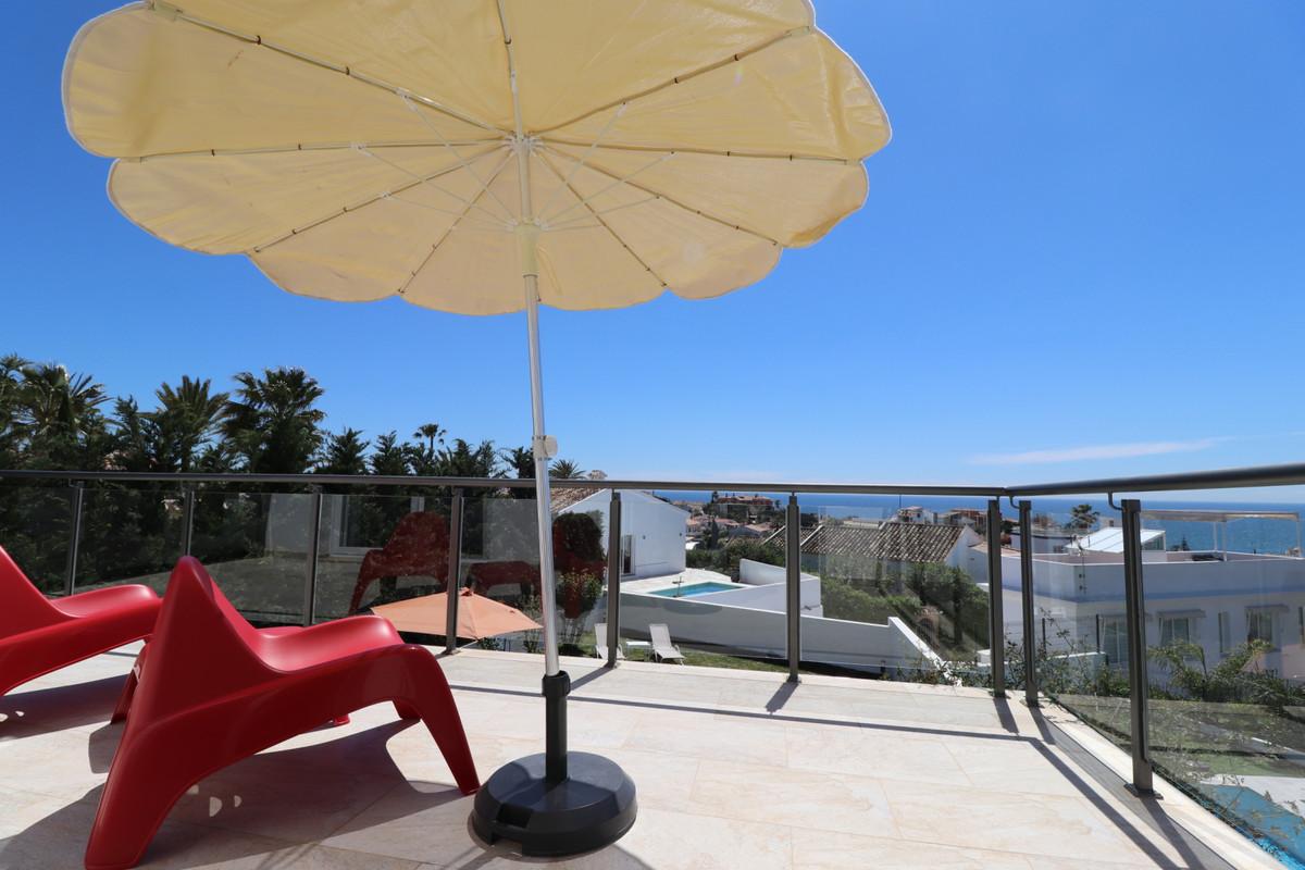 Detached Villa, El Faro, Costa del Sol. 4 Bedrooms, 3 Bathrooms, Built 230 m², Terrace 50 m², Garden,Spain