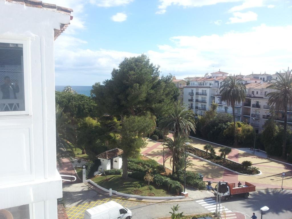 R2753816 Apartment Puerto Banús, Málaga, Costa del Sol