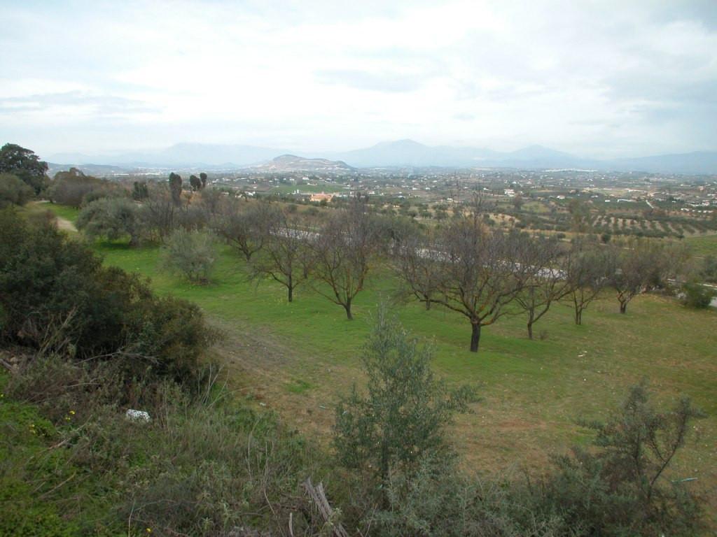 Land, Alhaurin el Grande, Costa del Sol. Garden/Plot 23863 m².  Setting : Country, Village, Close To,Spain