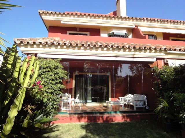Preciosa casa adosada, en excelente estado de conservacion, ubicada en zona magnifica en la Milla de,Spain