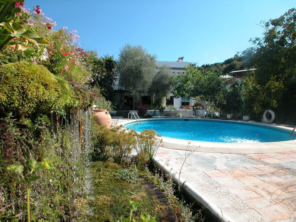 Townhouse, Coin, Costa del Sol. 2 Bedrooms, 1 Bathroom, Built 87 m², Terrace 30 m².  Setting : Count,Spain