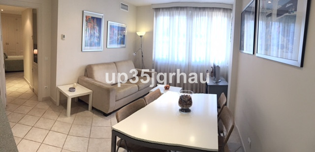 Middle Floor Apartment in Estepona