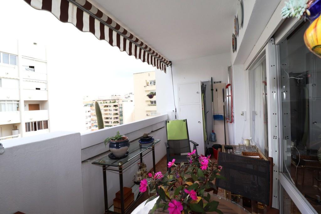 Mitte Stock Wohnung, Marbella, Costa del Sol. 1 Schlafzimmer, 1 Badezimmer, Gebaut 92 m², Terrasse 7,Spain