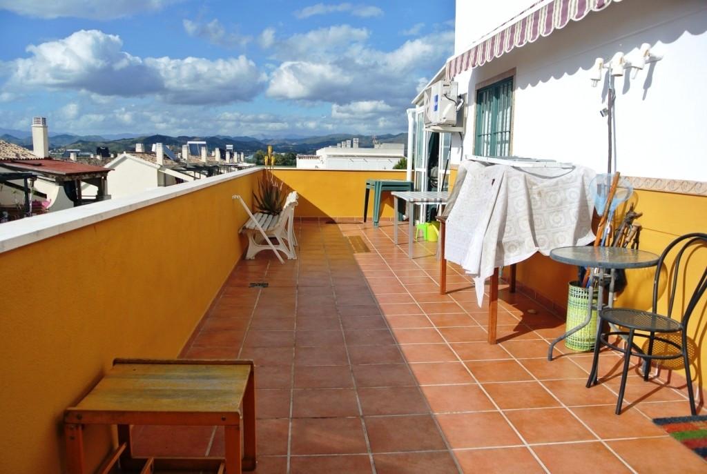 Apartment in Alhaurín de la Torre R3586396 1