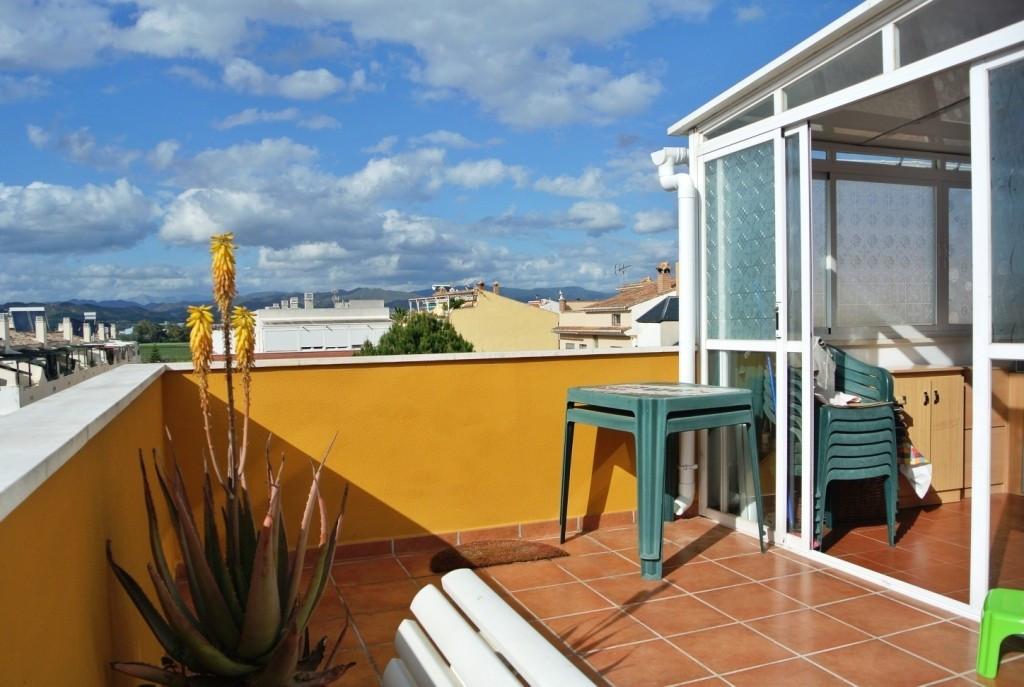 Apartment in Alhaurín de la Torre R3586396 3