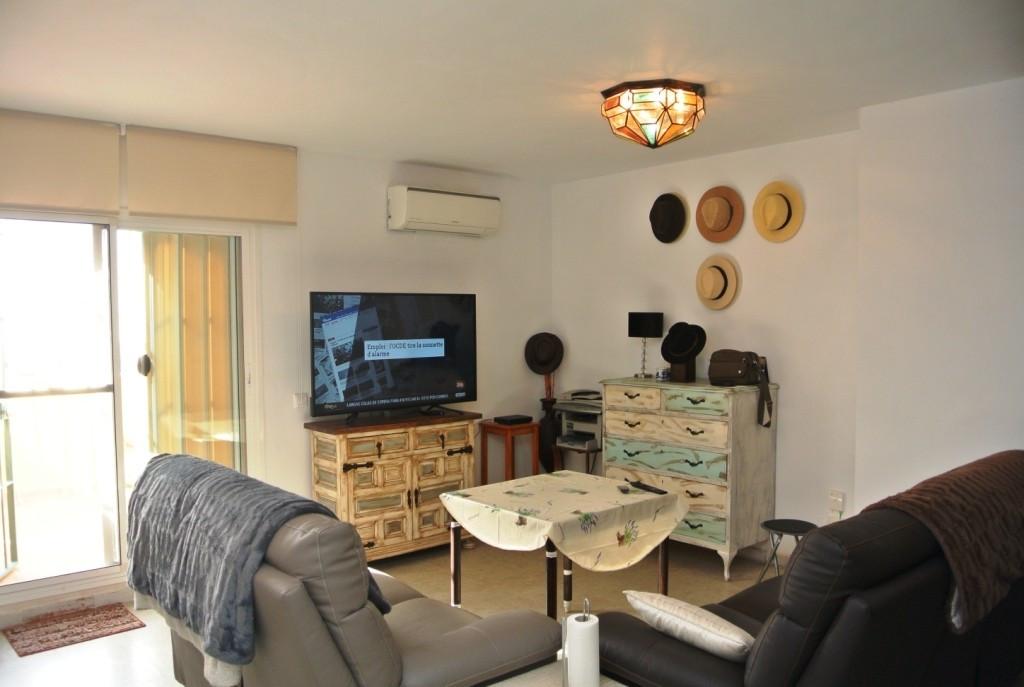 Apartment in Alhaurín de la Torre R3586396 4