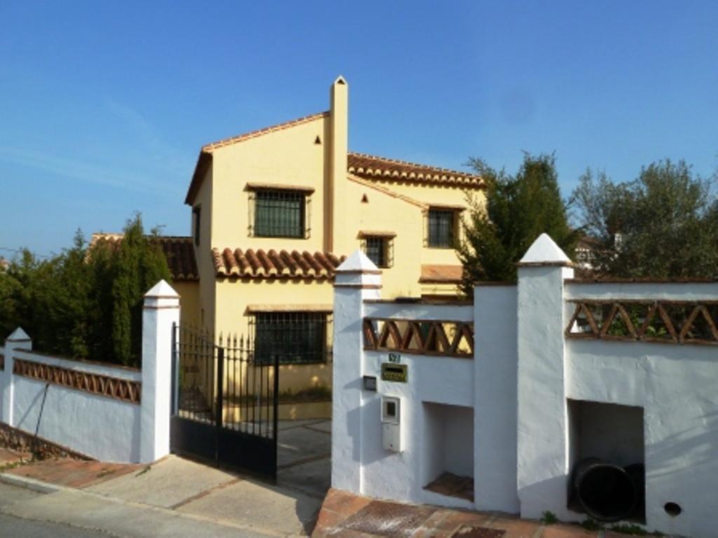 House in Alhaurín de la Torre R3851398 1