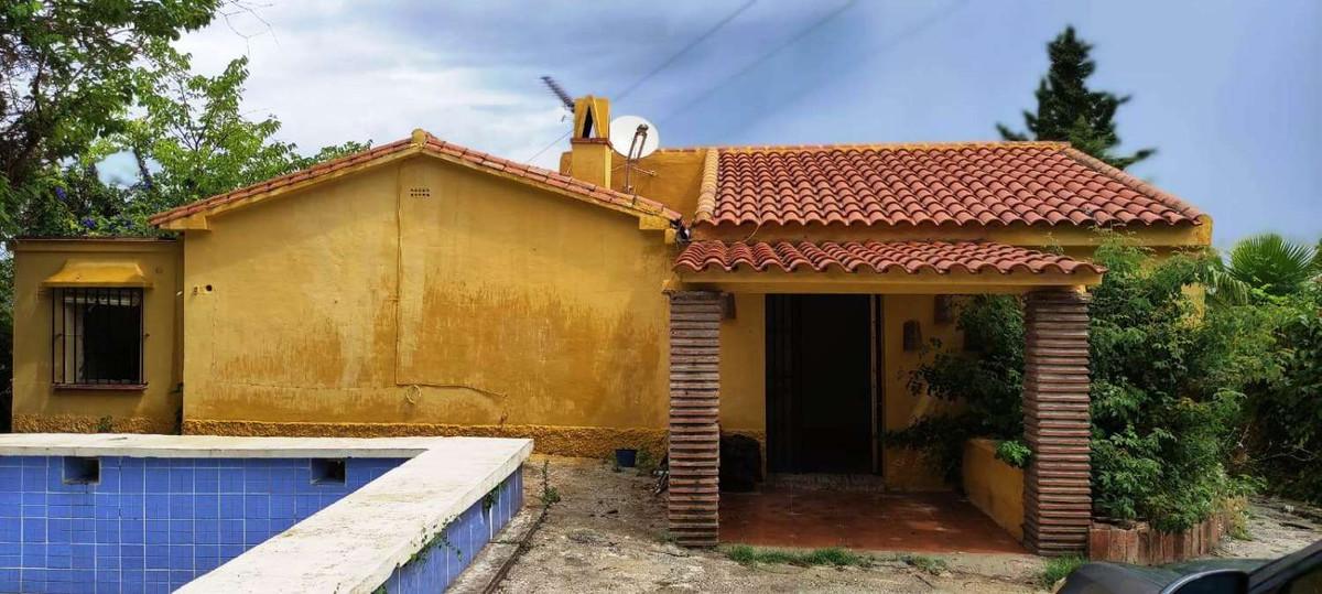 House in Alhaurín de la Torre R3868126 3