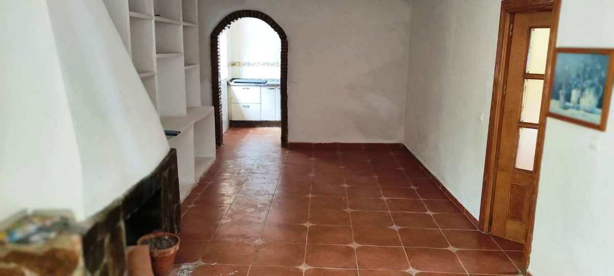 House in Alhaurín de la Torre R3868126 5