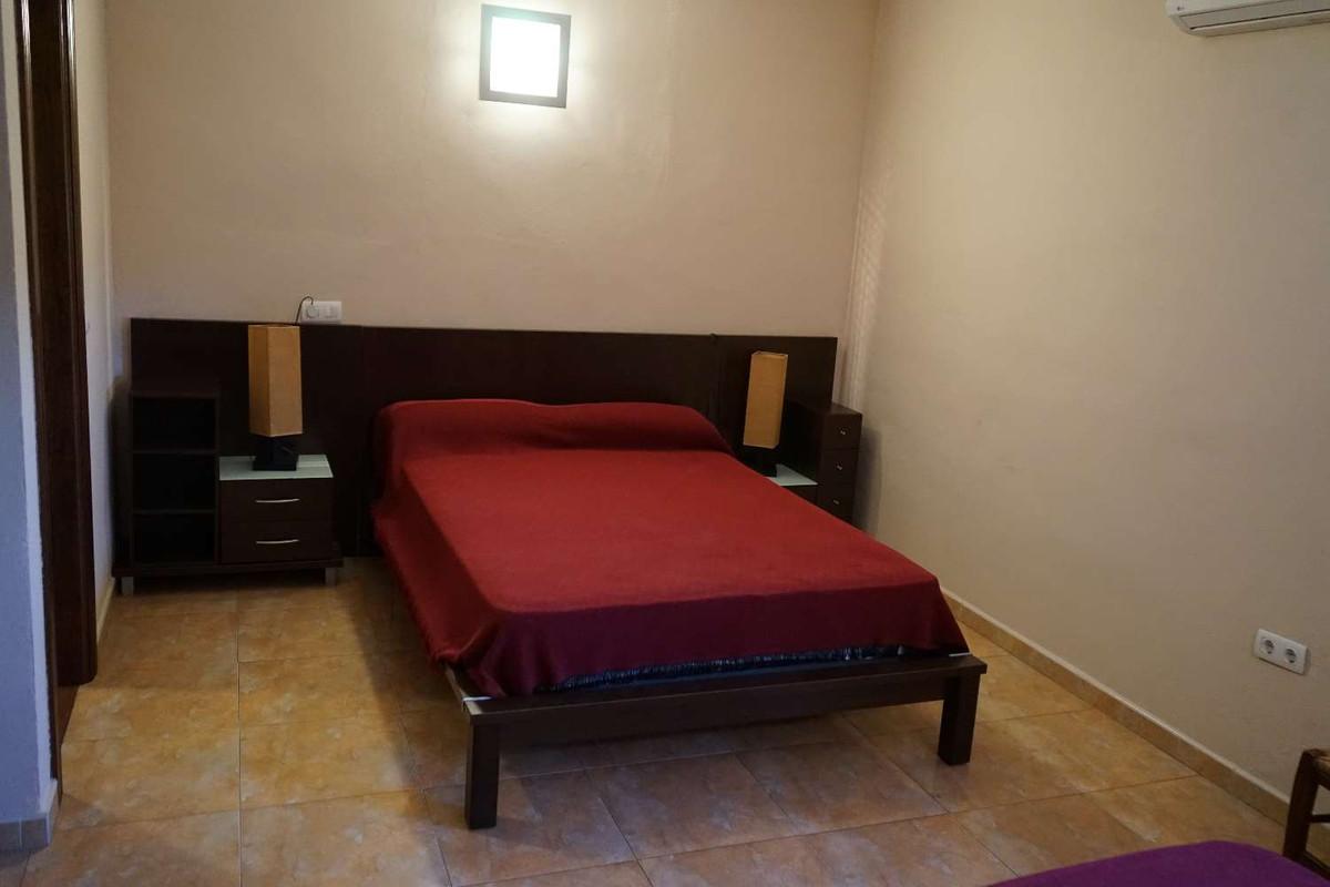 House in Alhaurín de la Torre R3875716 10