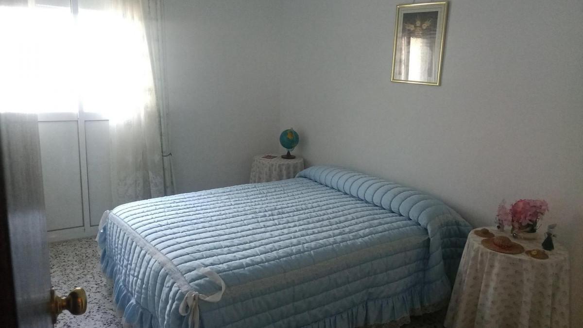 House in Alora R3585670 5