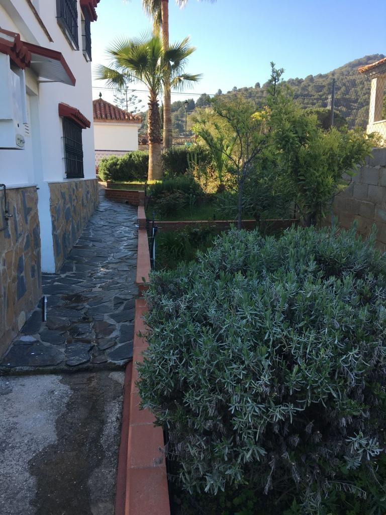 House in Alhaurín de la Torre R2898092 43