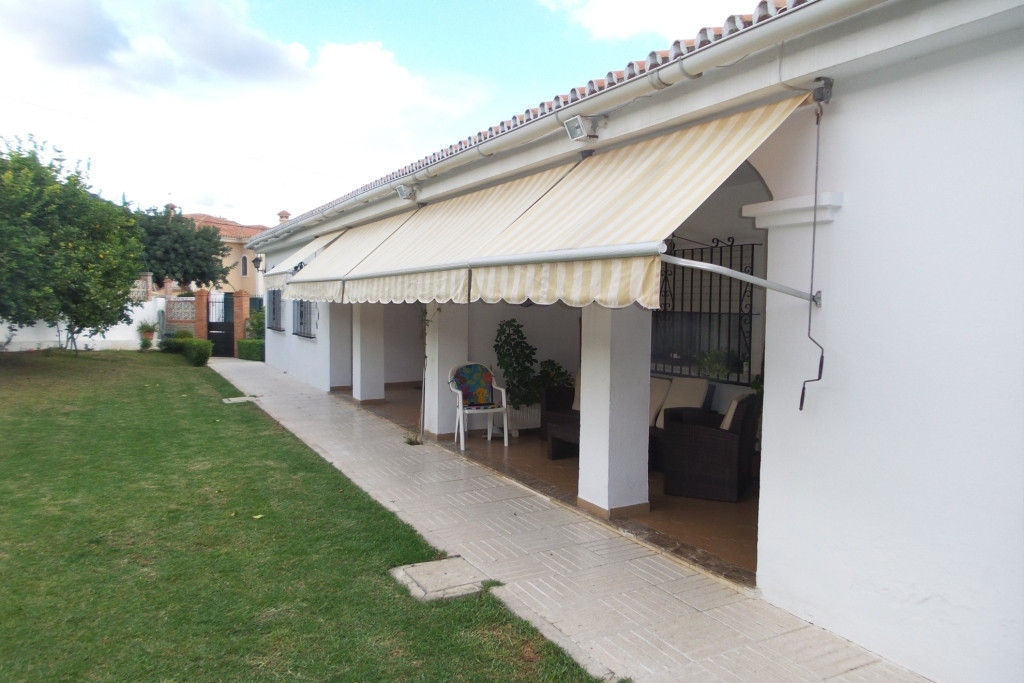 Hus in Alhaurín de la Torre R2590205 1