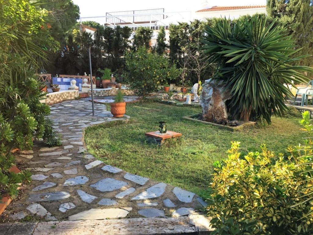 House in Alhaurín de la Torre R3048127 26
