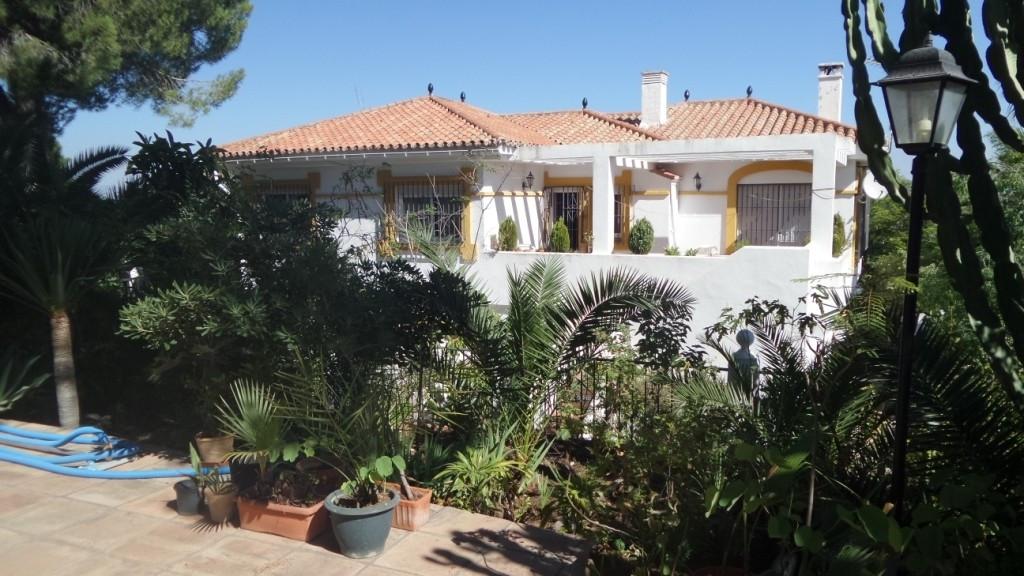 House in Alhaurín de la Torre R2950388 3
