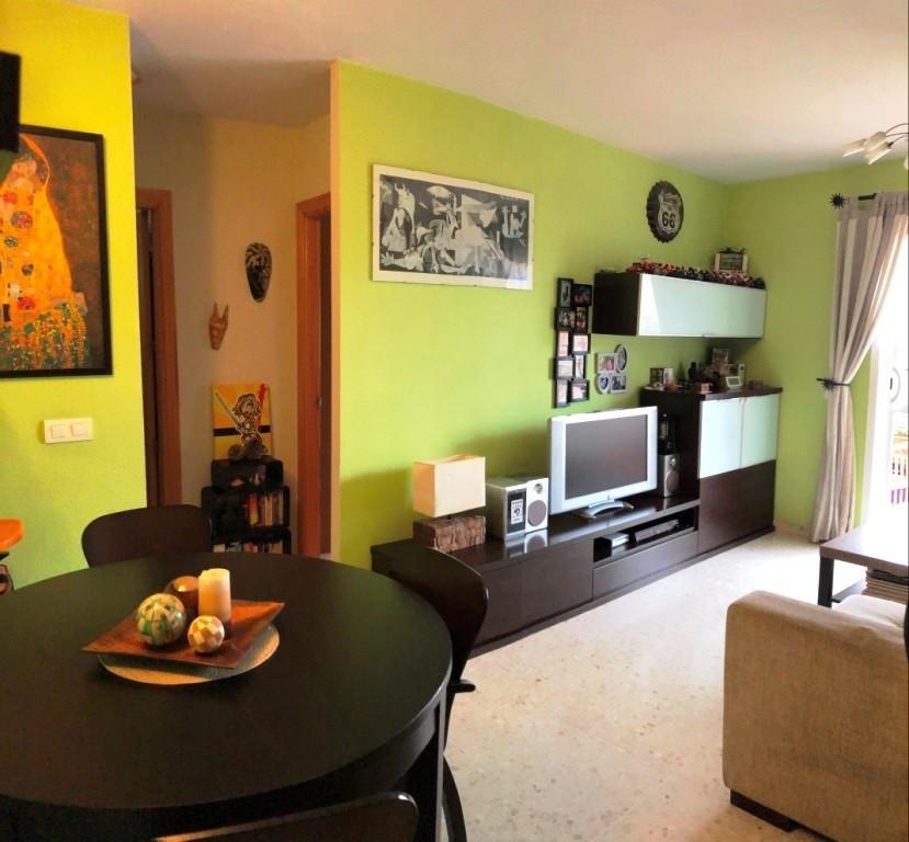 Apartment in Alhaurín de la Torre R3295948 2