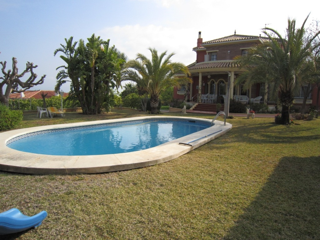 House en Alhaurín de la Torre R3045619 1