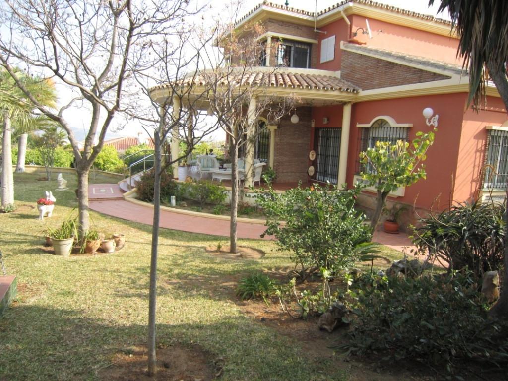 House en Alhaurín de la Torre R3045619 34