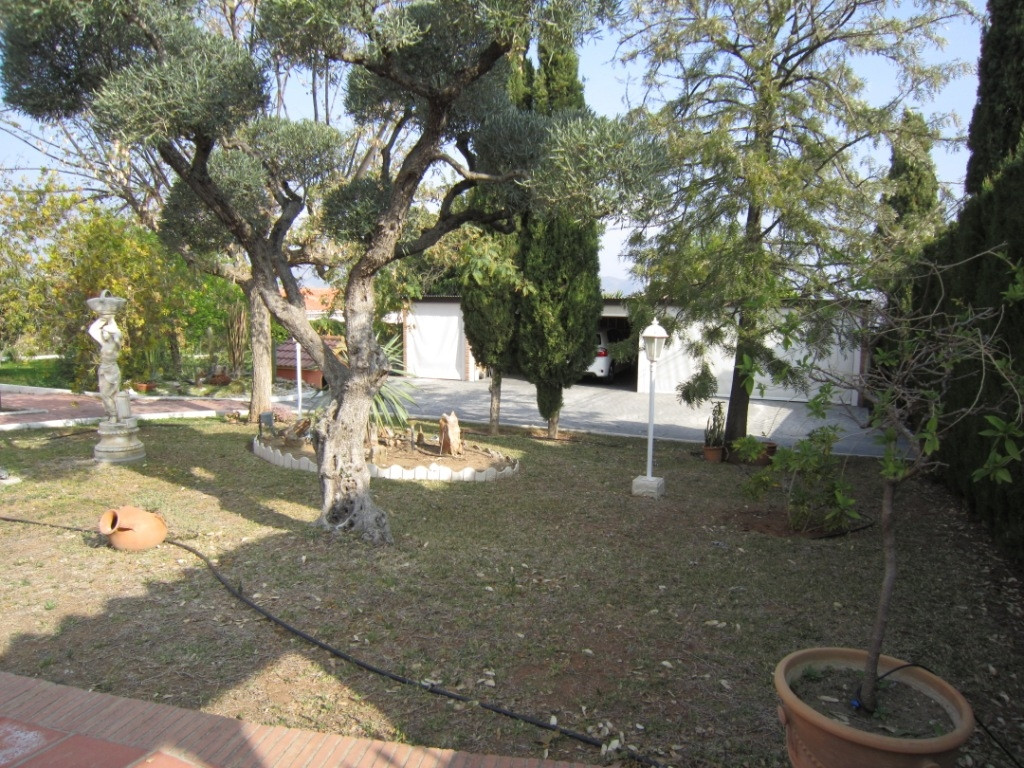 House en Alhaurín de la Torre R3045619 40
