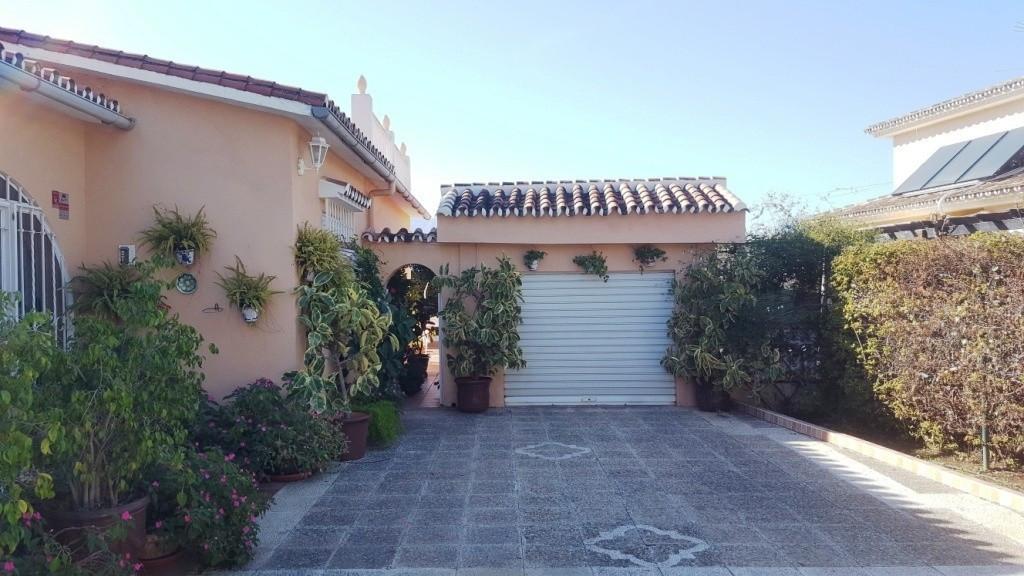 House in Alhaurín de la Torre R3167278 40