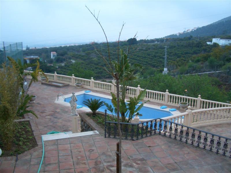 House in Alhaurín de la Torre R3073414 1