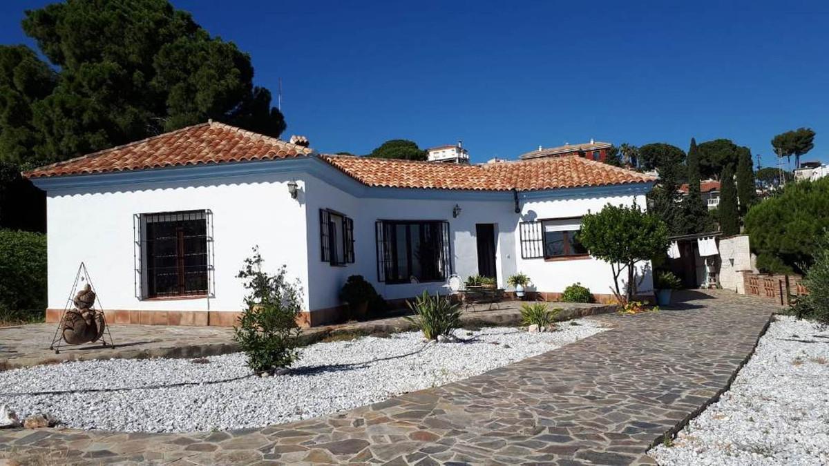 House in Alhaurín de la Torre R3211969 1