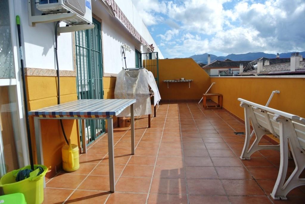 Apartment in Alhaurín de la Torre R3413923 2