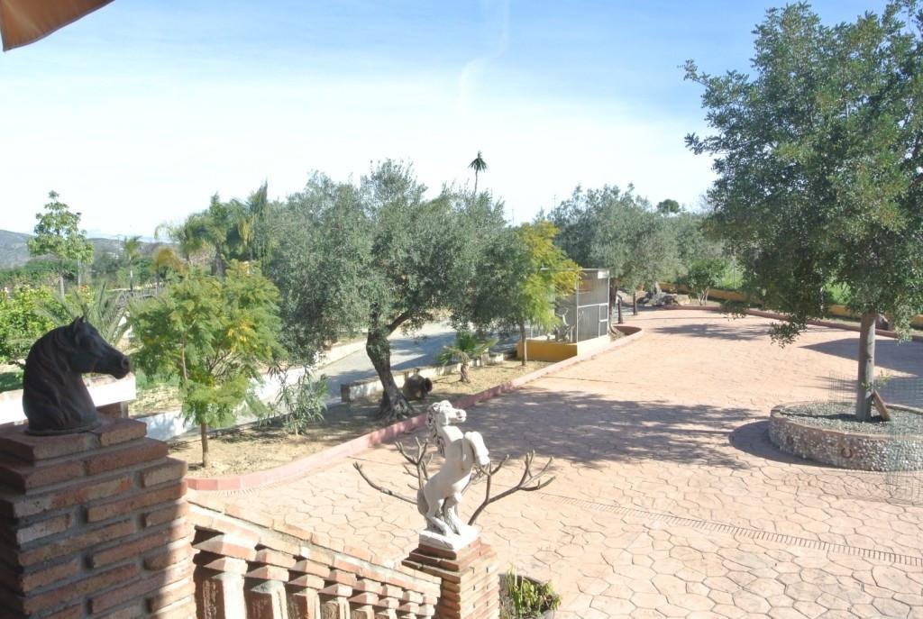 House in Alhaurín de la Torre R3349705 23