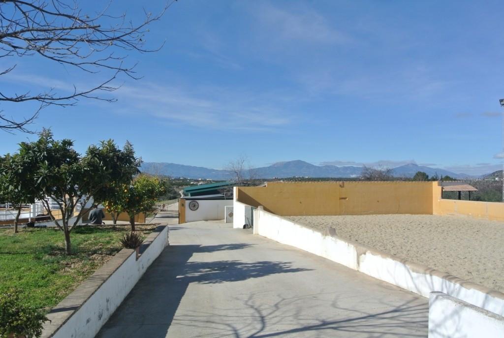 House in Alhaurín de la Torre R3349705 38