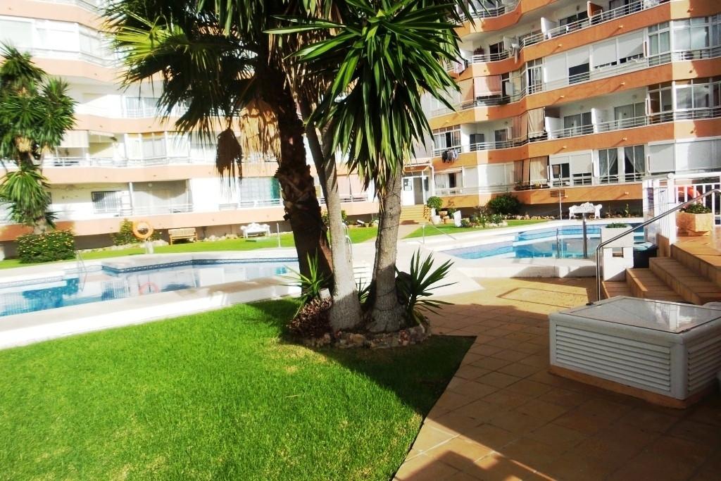 Ground Floor Apartment for sale in Torremolinos R3330643