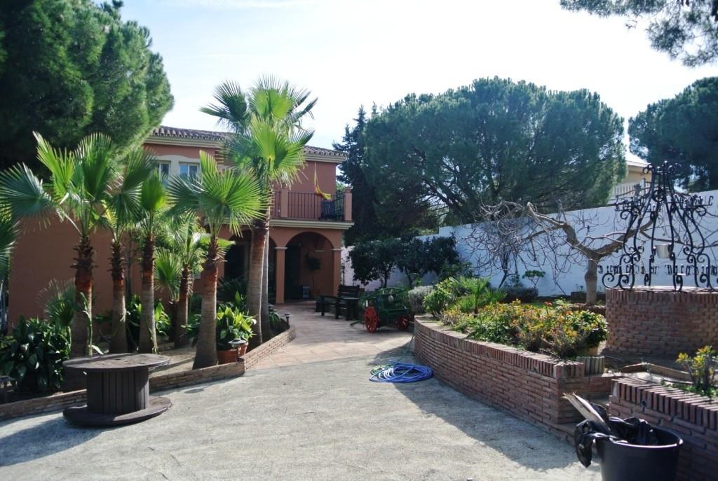 House in Alhaurín de la Torre R3364327 1