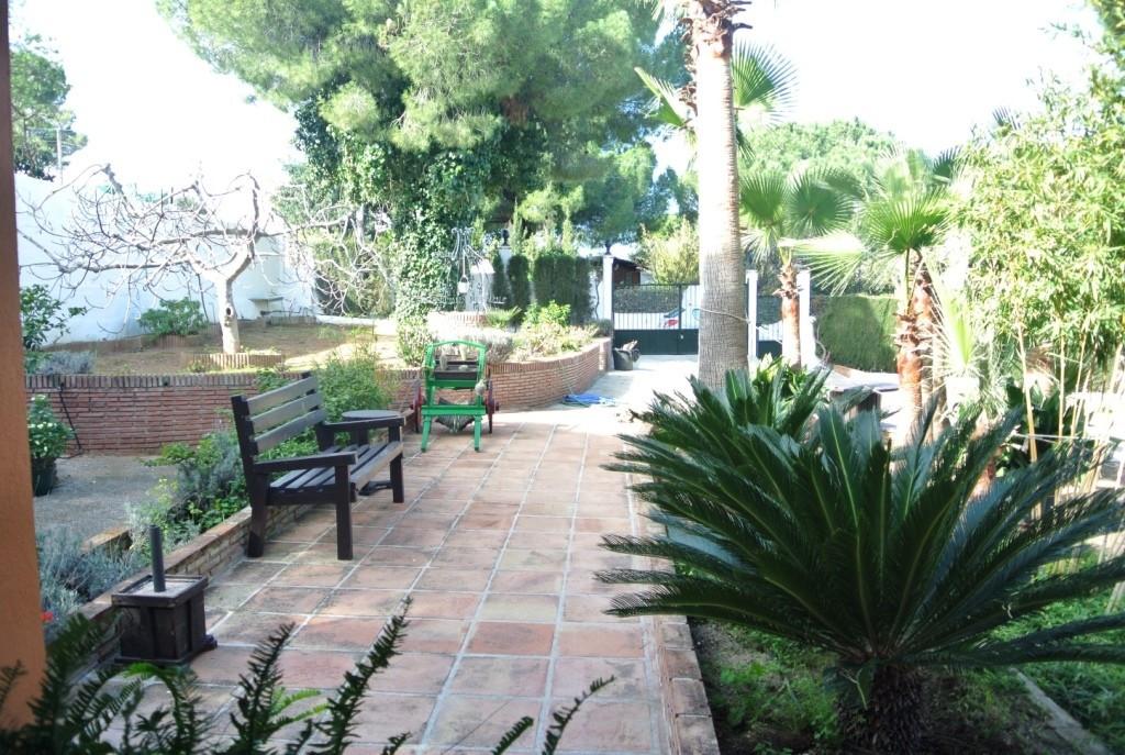 House in Alhaurín de la Torre R3364327 45