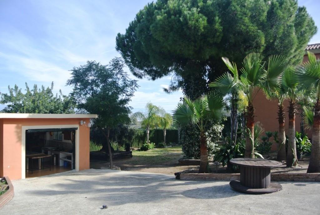 House in Alhaurín de la Torre R3364327 47